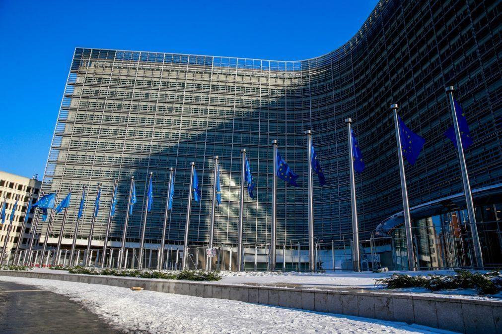 Comissão Europeia lança página de acesso aberto para publicação de artigos científicos