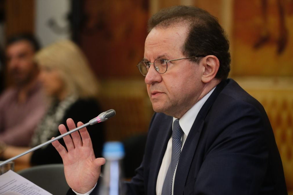 Covid-19: Zona Euro só volta a crescer a níveis de 2019 em 2023 -- Vítor Constâncio