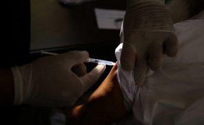 Covid-19: Angola recebeu doação chinesa de 200 mil doses de vacinas Sinopharm