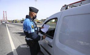 Covid-19: Cerca de 300 viaturas fiscalizadas pela PSP na Ponte 25 de Abril, só uma sem justificação
