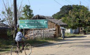 Moçambique/Ataques: Português resgatado tem ferimento