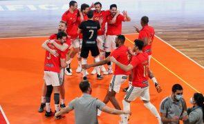 Benfica vence Fonte Bastardo no primeiro jogo da final do 'play-off' de voleibol