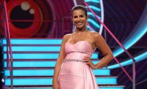 Joana celebra sozinha vitória no Big Brother sem aplausos de ex-concorrentes