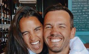 Pedro Teixeira mostra barriguinha de Sara Matos