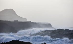 Aviso amarelo para Faro e ilhas do grupo central dos Açores