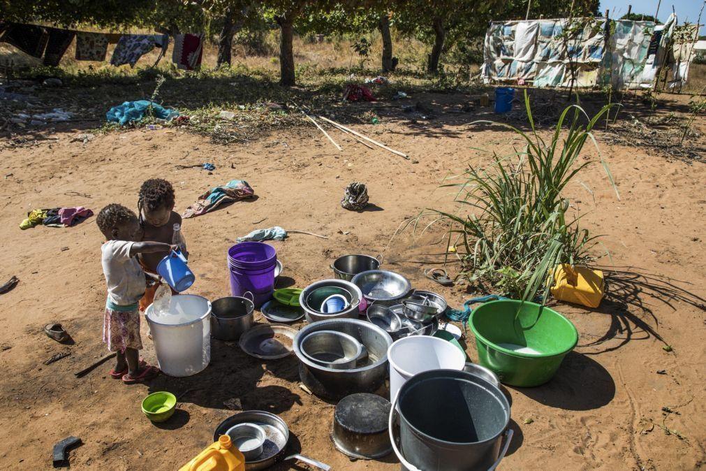 Moçambique/Ataques: Fuga de Palma leva centenas para fronteira com a Tanzânia