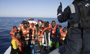 Migrações: Perto de 1.000 pessoas intercetadas e reenviadas para a Líbia em dois dias