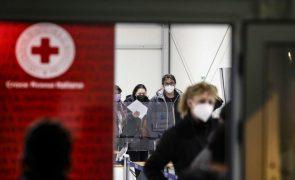 Covid-19: Itália regista 417 mortes nas últimas 24 horas e aumento de hospitalizações