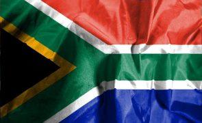 Moçambique/Ataques: África do Sul envia avião militar a Pemba para assistência a 43 cidadãos