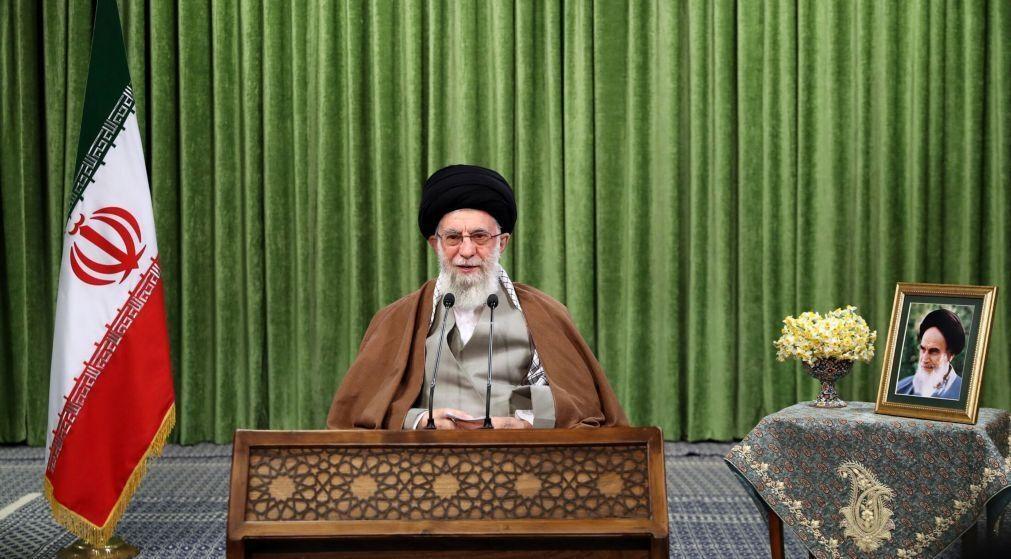 Irão insta EUA a abandonar
