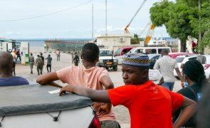 Moçambique/Ataques: Navio com cerca de mil deslocados de Palma ruma a Pemba