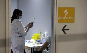 Covid-19: Região de Berlim suspende vacina AstraZeneca após nove mortes na Alemanha
