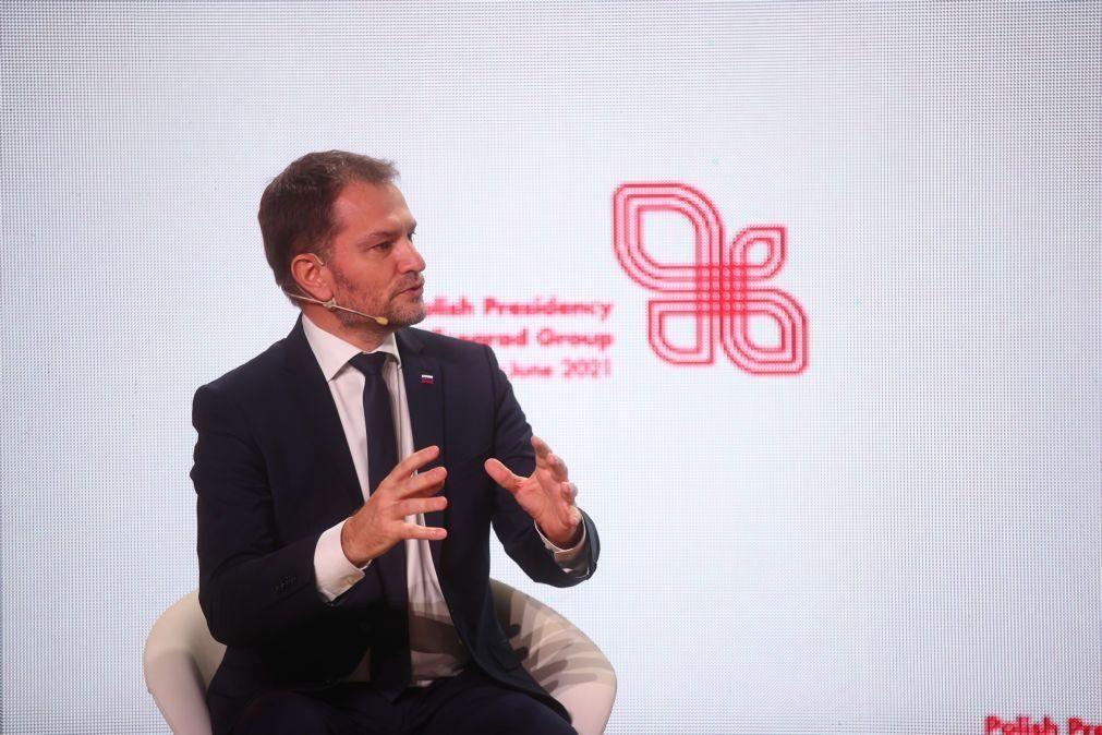 Covid-19: PM eslovaco demite-se, ministro das Finanças designado para o substituir