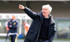 Gian Piero Gasperini volta a ser eleito o melhor treinador de Itália