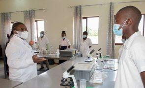 Covid-19: Mais três óbitos e 174 novos infetados em Moçambique