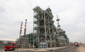 Trabalhadores da refinaria de Matosinhos em risco de despedimento coletivo