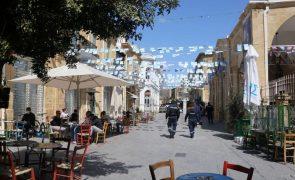 Covid-19: Grécia bate recorde e supera 4.000 casos diários pela primeira vez