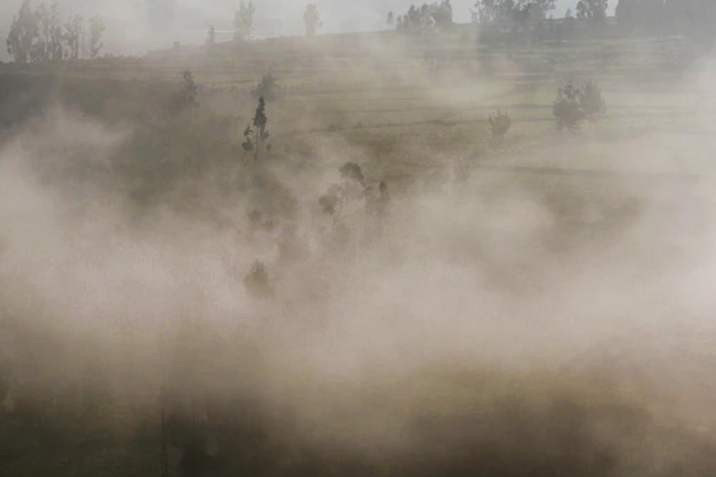 Crianças e idosos devem ficar em casa por causa das poeiras de África