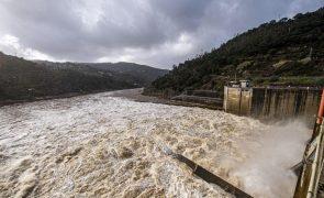 APA diz que não facilitou negócio das barragens da EDP e que não havia motivo para o impedir