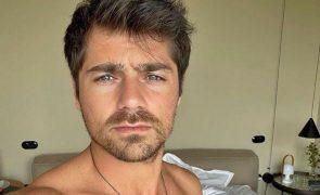 Lourenço Ortigão Partilha foto em tronco nu e fãs vão delírio: