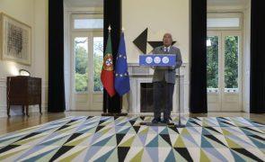 Covid-19: Costa afirma que diplomas sobre apoios sociais violam
