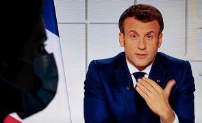 Covid-19: França fecha escolas durante três semanas