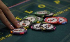 Receita bruta dos casinos desce 55% e do jogo 'online' cresce 75% no 4º trimestre de 2020