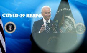 Joe Biden anuncia investimentos de 2,3 biliões de dólares em infraestruturas