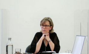 Novo Banco: Maria Luís Albuquerque diz que não fixou nenhum teto para capitalização