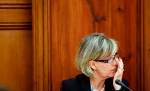 Novo Banco: Maria Luís Albuquerque nega relação entre saída limpa e conhecimento sobre BES