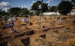 Covid-19: Brasil regista em março o dobro de mortes face a fevereiro