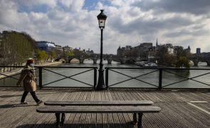 Covid-19: França regista mais de 50.000 novos casos nas últimas 24 horas