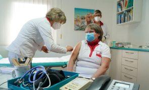 Covid-19: Alemanha registou 21.888 positivos e 232 mortes nas últimas 24 horas