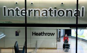 Covid-19: Londres proíbe entrada de passageiros de mais quatro países