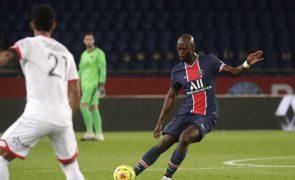 Danilo é baixa no PSG para a 'cimeira de líderes' com o Lille