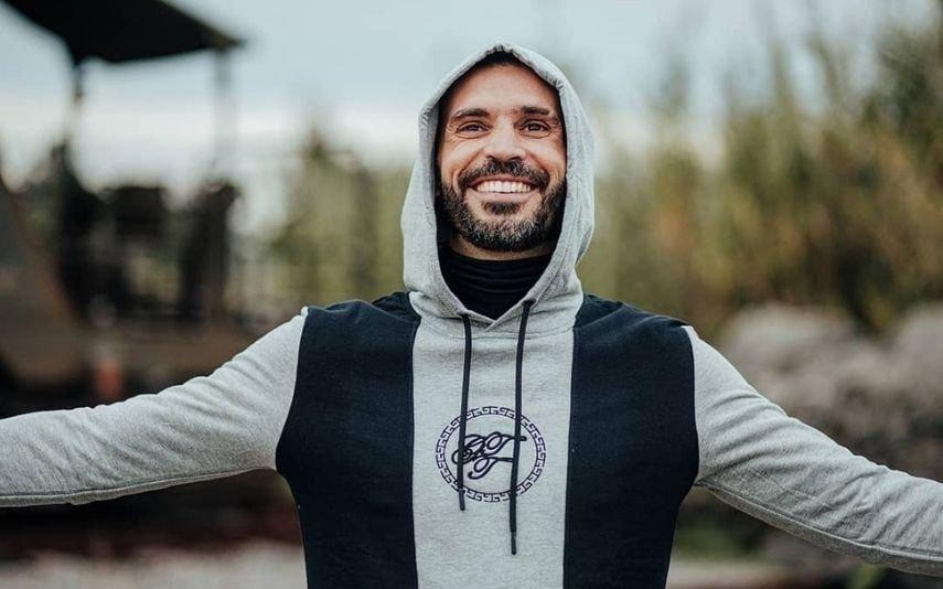 Bruno Savate em clima de cumplicidade com ex-Love On Top
