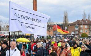Covid-19: Manifestações em cidades alemãs contra medidas de contenção da doença