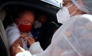 Covid-19: Lula da Silva recebe segunda dose da vacina salientando papel da ciência