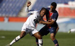 Lille vence Paris Saint-Germain e isola-se na liderança da Liga francesa