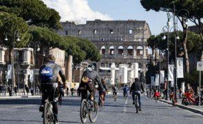 Covid-19: Itália regista mais 21.261 infeções e mais 376 mortes em 24 horas
