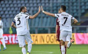 Ronaldo salva Juventus da derrota no dérbi com Torino, Roma sai da zona europeia