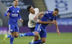 Manchester City vence em Leicester e começa a aproximar-se do título