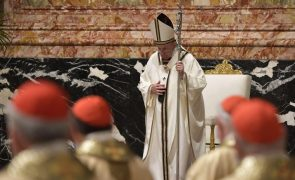 Covid-19: Papa pede esperança no meio da