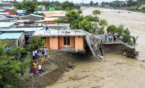 Cheias em Timor-Leste: UE manifesta