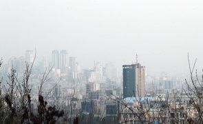 Covid-19: Número de infetados no Irão atinge valor máximo dos últimos 4 meses
