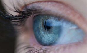 Cego volta a ver graças a injeção intraocular