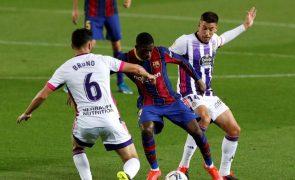 Golo de Dembélé aos 90 coloca FC Barcelona a um ponto do líder Atlético Madrid