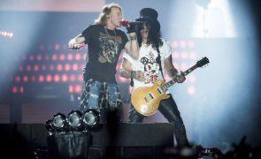 Concerto dos Guns n' Roses em Portugal volta a ser adiado para 2022