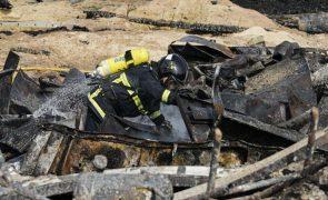 Covid-19: Bombeiros estarão vacinados antes da época de incêndios, diz Cabrita