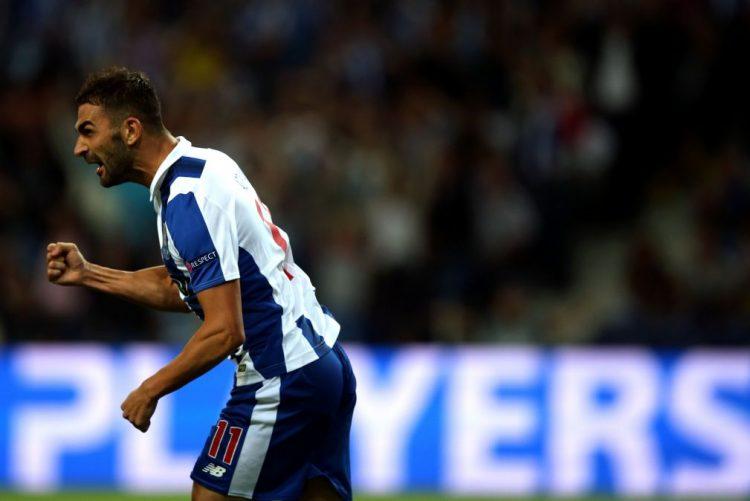 Adrián López, Sérgio Oliveira e Evandro treinam à parte do plantel do FC Porto